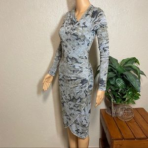 Aritzia Wilfred Free Klum Floral Fitted Wrap Dress